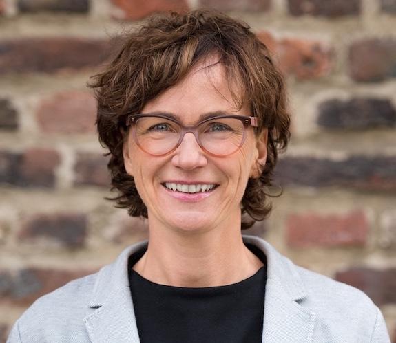 Clarissa Lenz Coach Moderatorin Trainerin in Leverkusen, Köln, Ruhrgebiet
